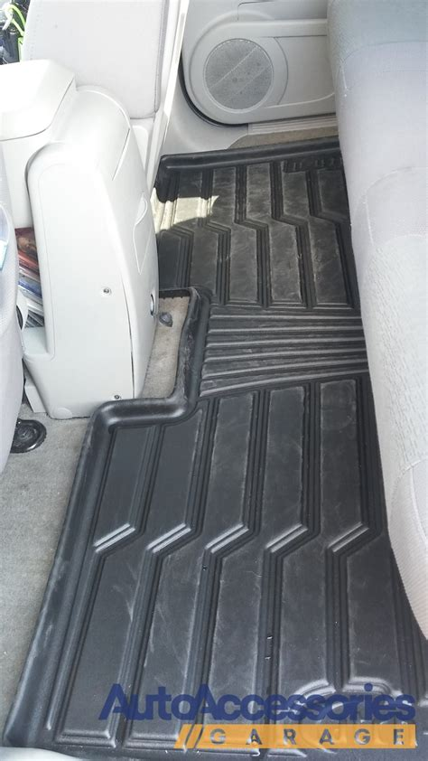 Lund Rubber Floor Mats by Lund Catch It Floor Mats All Weather Rubber Car Liners