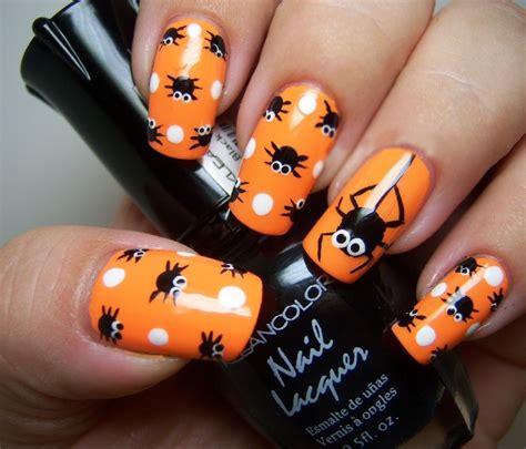 Diseños de uñas acrílicas frutales son temas muy populares (¿qué mejor manera hay para decir al mundo que eres una entusiasta?). 35 Diseños para lucir unas uñas perfectas este halloween