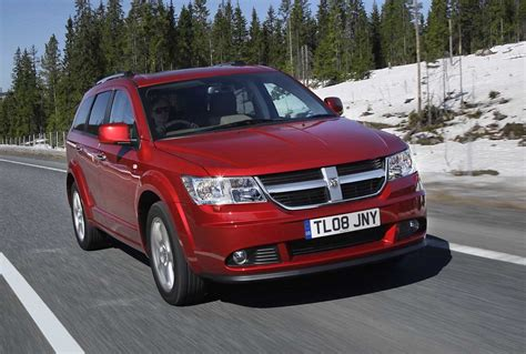dodge journey estate review   parkers