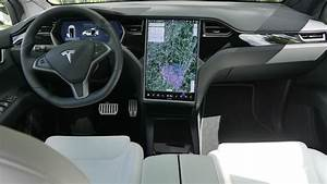 Tesla Model X Interior 2020 - Tesla Model X Review 2021 Parkers - 2020 tesla model x cockpit area.