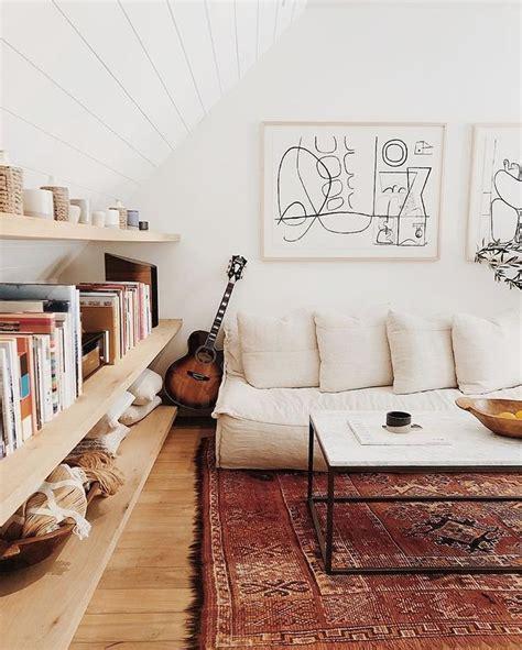 light  bright living room decor ideas    rug