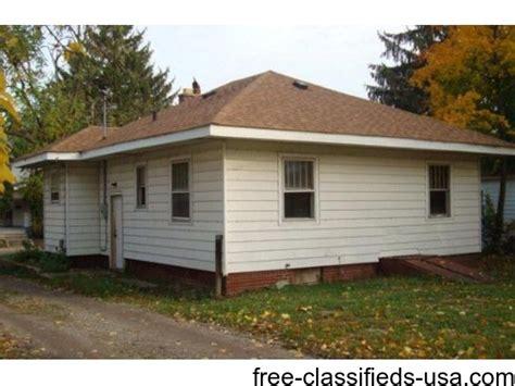 garage sales fort wayne home buyer s treasure ranch 2 bd 1 bath bsmnt 2 cars