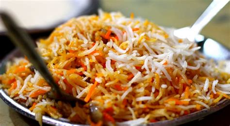 bombay biryani recipe  urdu easy  delicious