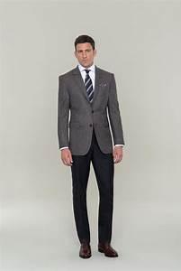 Büro Outfit Herren : business outfit punktet mit geschmackvoller l ssigkeit braunes sakko und hose in anthrazit ~ Frokenaadalensverden.com Haus und Dekorationen