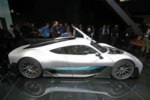 Amg Project One : mercedes amg project one revealed the ultimate hypercar by car magazine ~ Medecine-chirurgie-esthetiques.com Avis de Voitures