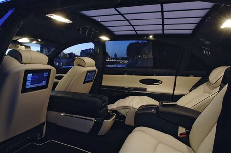 Stylish Car And Interior Maybach 62s (for Luxury Car