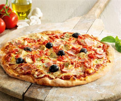 recette cuisine italienne recette classique pizza jambon fromage