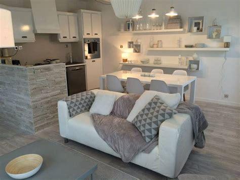 mobilier de bureau a vendre ferjani un salon revisité en gris et blanc au