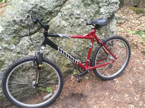 Mountain Bike Reviews    Singletracks.com