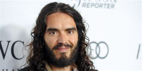russell brand latest russell brand baby comedian confirms he s going to be a dad