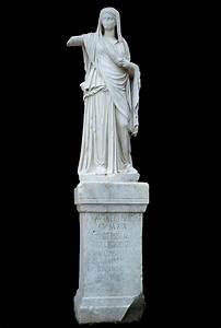 File:Sculpture in the Atrium of the Vestals - Rome.JPG ...