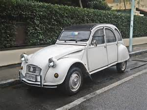 File:Citroen 2cv 6 special 2.jpg - Wikimedia Commons