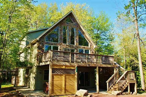 Mountain Cabin Vacation Rentals by The Top Poconos Vacation Rentals Cabin Rentals Poconos
