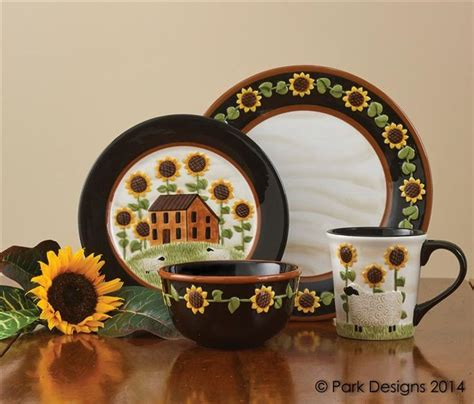 country kitchen dinnerware 131 best images about rooster sunflower kitchen on 2786