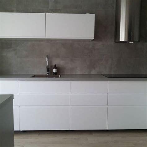 Ikea voxtorp chestnut kitchen lake house kitchen interior. Bildergebnis für ikea voxtorp vit | Köksdesign, Ikeakök ...