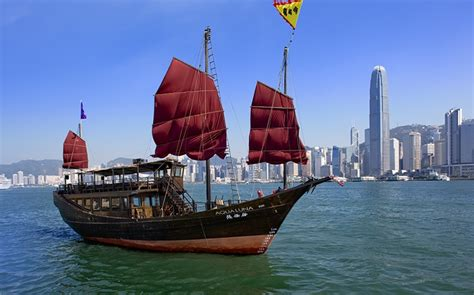 Hong Kong Junk Boat Dinner Cruise by Set Sail Hong Kong S Luxury Junk Boats