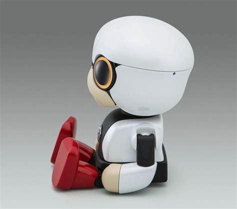 Toyota Robot by Toyota Kirobo Mini Robot Wants To Become Your Smart