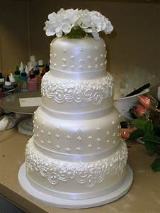 tier round custom white pearl fondant classic traditional With wedding cake design ideas
