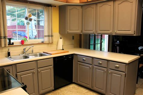 companies that spray paint kitchen cabinets spray paint kitchen cabinets cost uk cabinets matttroy