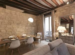 decoration d39un salon avec chaises eames table bois With salle À manger contemporaineavec acheter table a manger