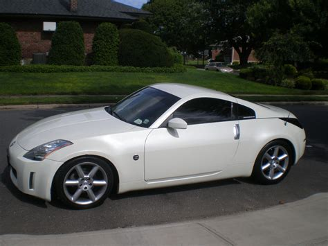 nissan white nissan 350z review and photos