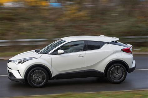 Toyota Chr Hybrid Backgrounds by Toyota Chr Excel Hybrid 2019 Toyota Cars Review Release