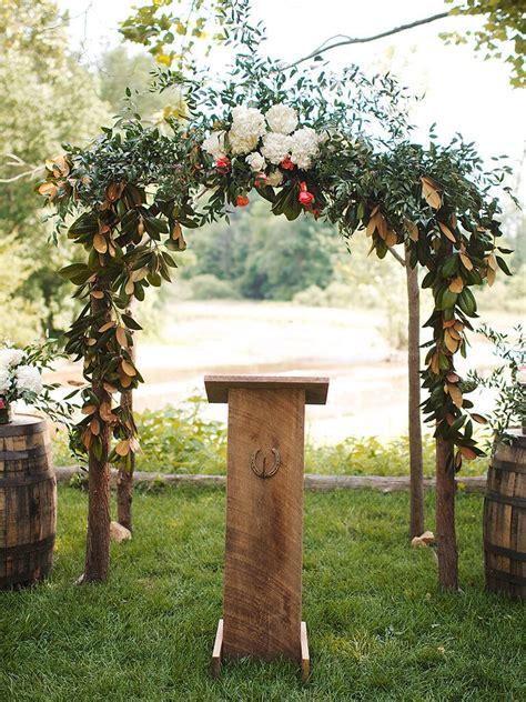 ideas   outdoor wedding arbor
