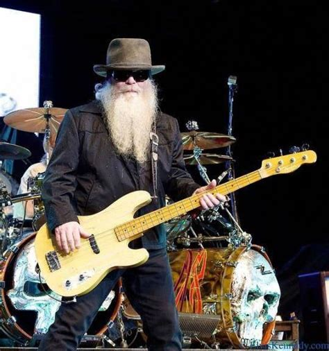 Hill died in his sleep at his home in houston, texas. Dusty Hill - ZZ Top - Fender Telecaster Bass # ...