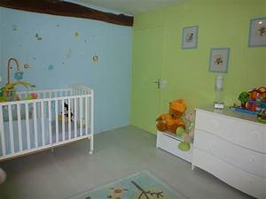 chambre fille vert anis With chambre enfant bleu et vert