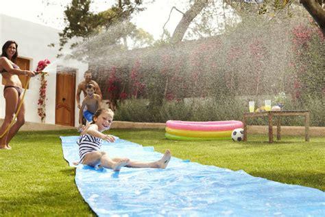 Spiele Mit Wasser Im Garten by Spielideen Mit Wasser F 252 R Kinder