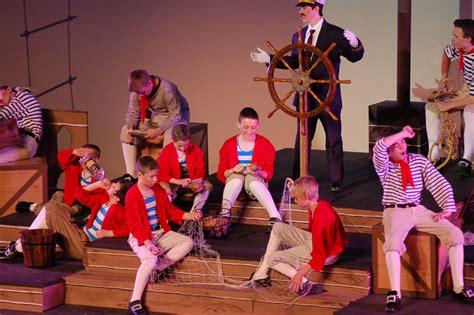 theatre costume design la beene