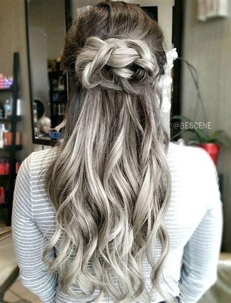 grey hair trend  glamorous hairstyles  women