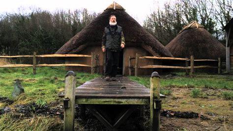 replica viking house   located  national botanic