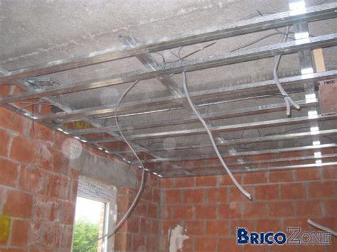 faux plafond en pvc pour cuisine plafond de 4 mètres en métal stud