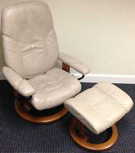 authentic ekornes stressless reno model leather lounge