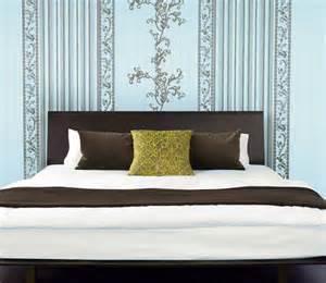 schlafzimmer tapezieren anleitung selbst tapezieren planungswelten