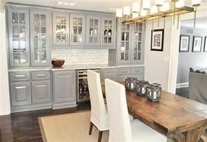 cuisine gris et bois en 50 modeles varies pour tous les With idee deco cuisine avec table salle a manger blanche et grise