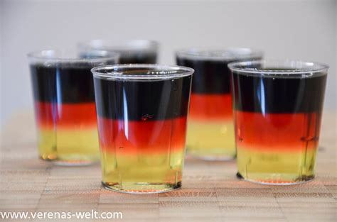 vodka jello vodka jello shots in schwarz rot gold 176 verenas welt 176 176 verenas welt