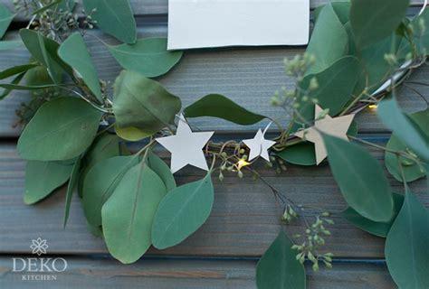 diy weihnachtsdeko fuer die wand mit metallringen deko kitchen