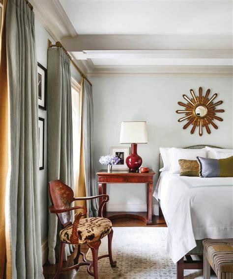 miroir chambre design utiliser le miroir déco design pour embellir sa maison