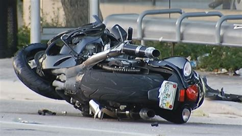 One Killed, One Critical After Miami Motorcycle Crash