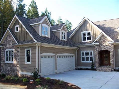 residential exterior paint color design craftsman style home exterior photos brick house