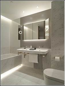Led Beleuchtung Badezimmer : badezimmer beleuchtung decke led beleuchthung house und dekor galerie 3xzdll9zy1 ~ Markanthonyermac.com Haus und Dekorationen