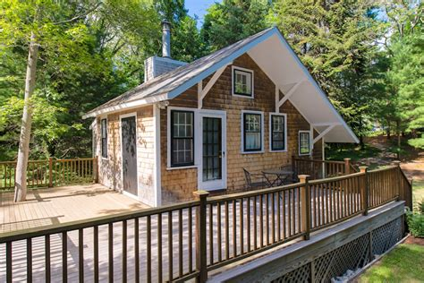 small cottage homes tiny studio cottage on cape cod small house bliss