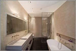 Kleines Bad Dusche : badewanne und dusche fr kleines bad badewanne house und dekor galerie 25gdwoyzz3 ~ Markanthonyermac.com Haus und Dekorationen