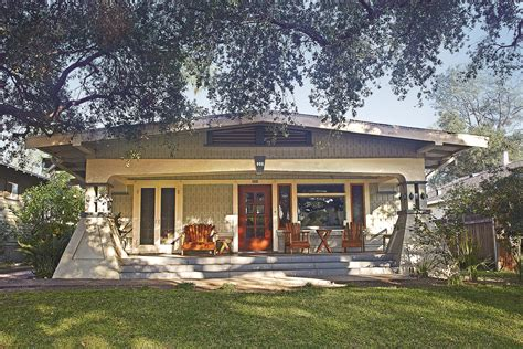 Bungalow Heaven In Pasadena, California  Oldhouse Online