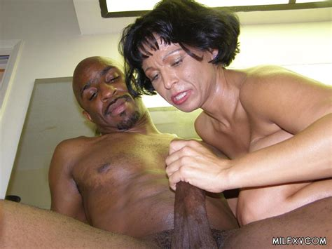 mature milf fucked by black fat cock 2835 page 2