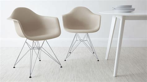 Eames Dining Armchair