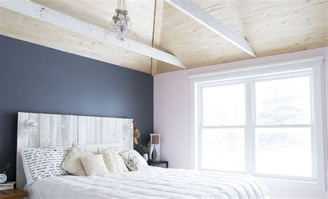 spotted valspar paint in carriage wheel 408q and piglet vr004e check out the bedroom