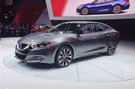 2016 Nissan Maxima First Look  Motor Trend